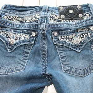 ☀️Miss Me bedazzled boot cut jeans